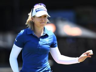 Jodi Ewart Shadoff of Great Britain on the 18th green after putting for to finish 7 under on day one. Picture: Mark Brake/Getty Images