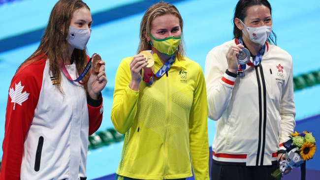 (L-R) Bronze medalist Penny Oleksiak, gold medalist Ariarne Titmus and silver medalist Siobhan Bernadette Haughey. Photo: Clive Rose/Getty Images