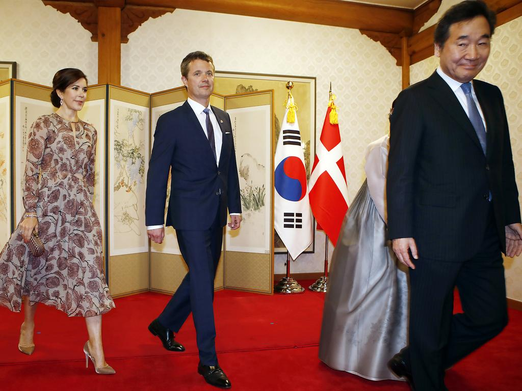 Crown Prince Frederik and Crown Princess Mary of Denmark attend a banquet hosted by South Korean Prime Minister Lee Nak-Yeon. Picture: Getty