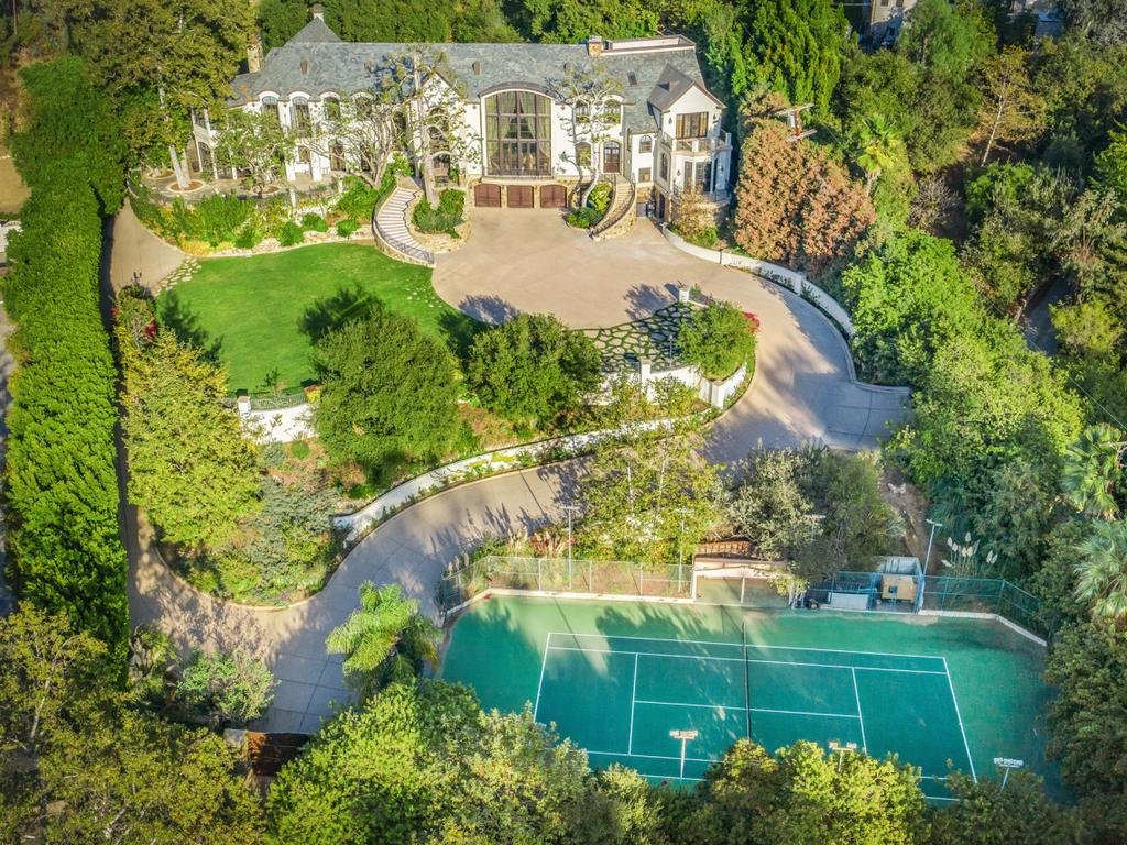 Simmons has lived at the sprawling abode for 35 years. Picture: Realtor/NYPost
