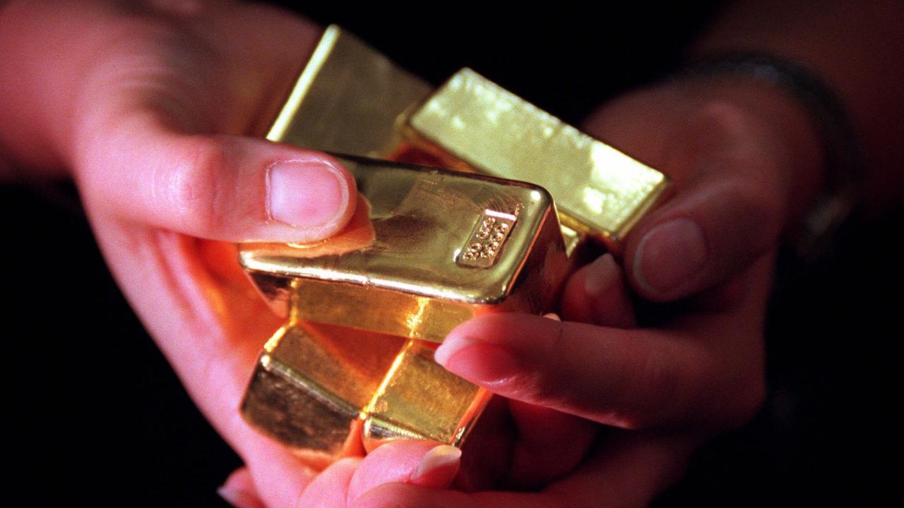 Gold stocks shone after the price of the precious metal lifted.