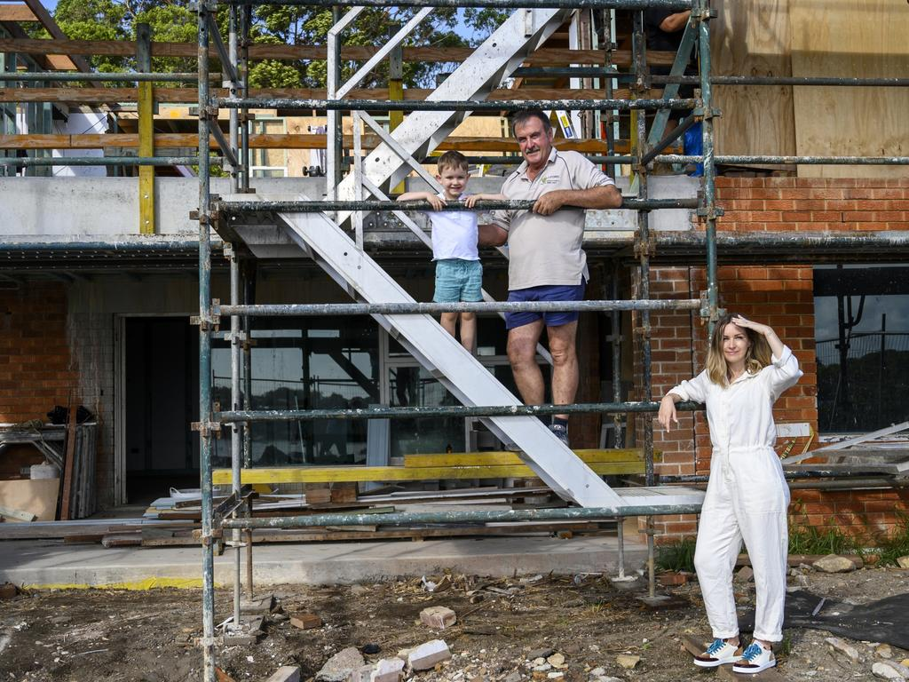 Kerrie-Ann Jones, her father/builder Keith Sharpe and son Ari. Picture: Darren Leigh Roberts