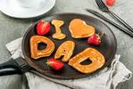 """MAKE DAD THE ULTIMATE BREAKFAST. Does Dad love bacon and eggs? Or perhaps he's more partial to pancakes? Whatever his preference, roll your sleeves up and get cooking! <a href='http://www.kidspot.com.au/kitchen/galleries/occasion-ideas/10-breakfast-in-bed-ideas-to-make-dad-feel-like-a-king-on-fathers-day'>We've got lots of great breakfast inspiration here.</a><p><a href=""""https://www.istockphoto.com"""">Credit: iStock.</a></p>"""
