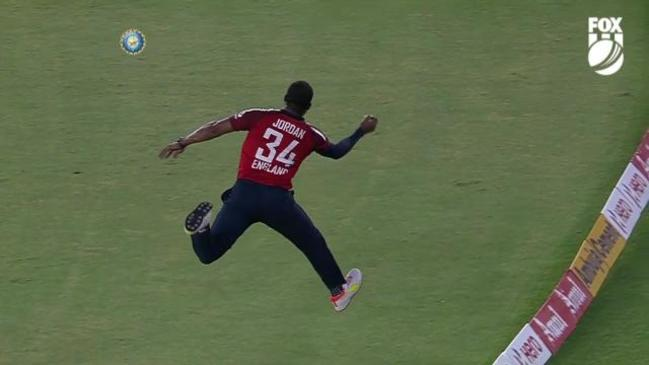 WHAT A CATCH! Chris Jordan with 1 hand
