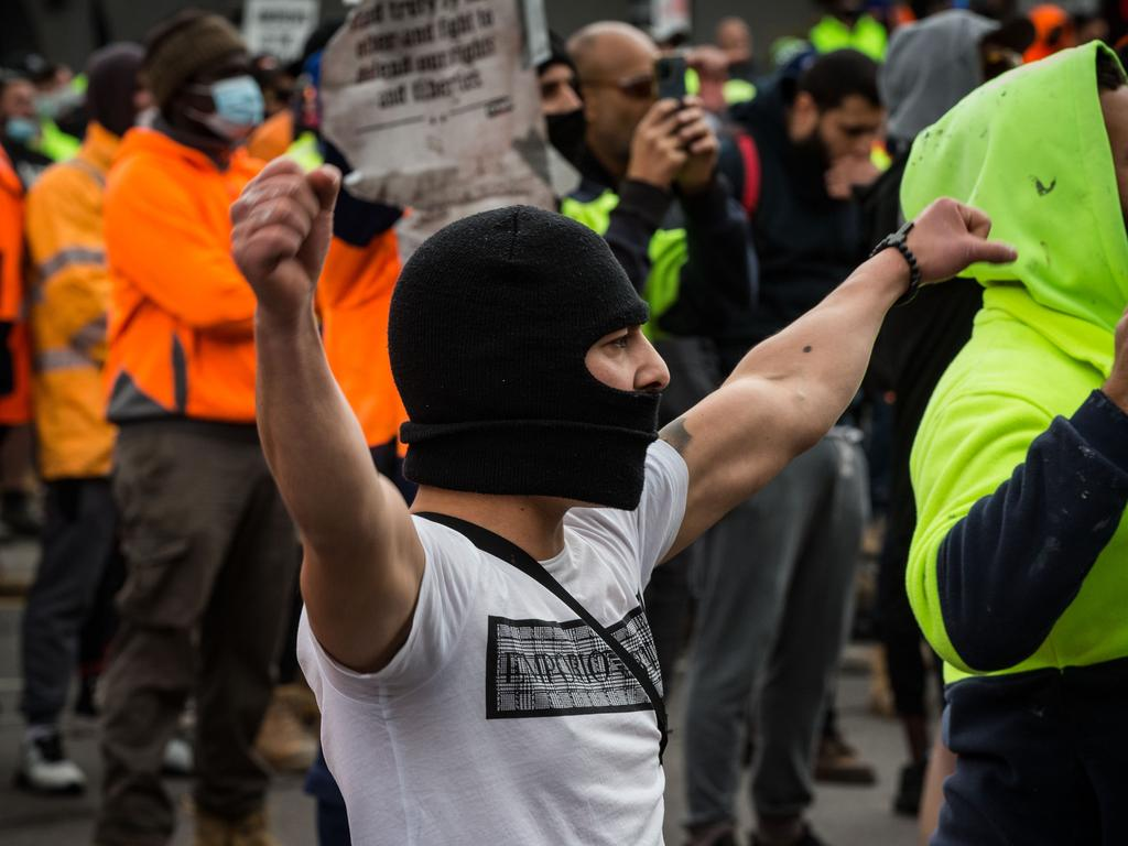 Protests started outside the headquarters of the Construction, Forestry, Maritime, Mining and Energy Union (CFMEU) in Melbourne on Monday. Picture: Darrian Traynor/Getty Images)