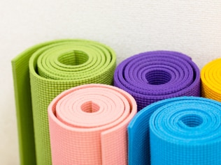 Yoga mats carry more bacteria than a toilet seat. Image: iStock.