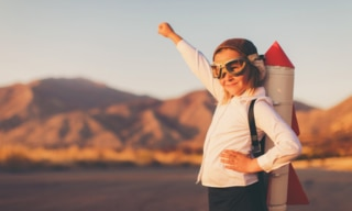 5 ways to raise a strong, independent daughter