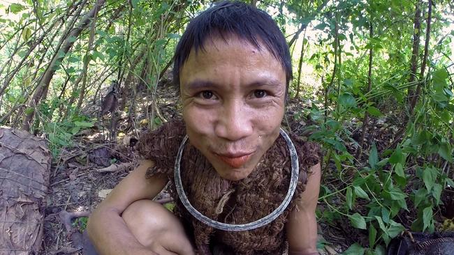 Ho Van Lang spent 40 years isolated in the jungle, but must now reintegrate with society.