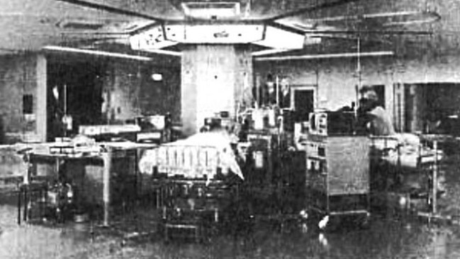 The chamber in which the subjects were held for 15 days without sleep.