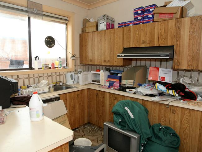 The hotel became a magnet for homeless people who had no choice but to live in small rooms in cheap motels due to the lack of rental properties. The communal kitchen was often left in a disgusting state.