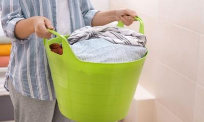 How to wash your clothes properly