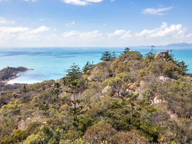 MAGNETIC ISLAND See an array of native wildlife and WWII fortifications along the Forts Walk on Magnetic Island.