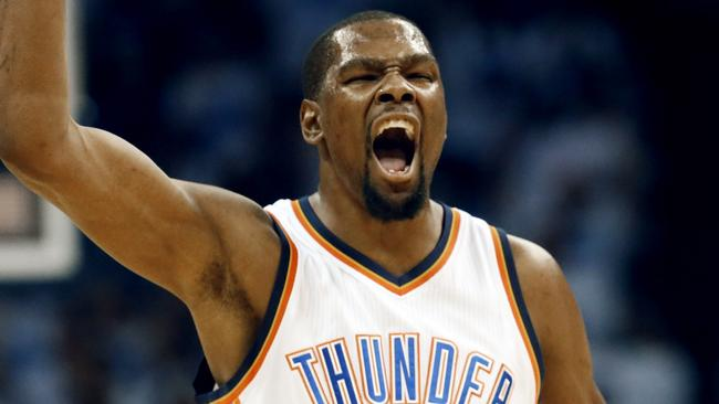 Oklahoma City Thunder forward Kevin Durant celebrate against the Golden State Warriors.