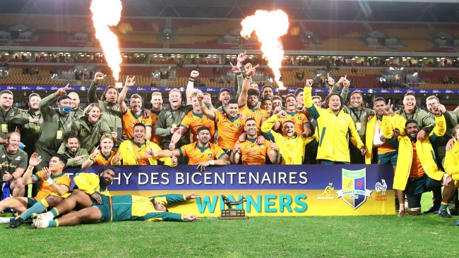 The 14-man Wallabies have broke the seven-year drought.