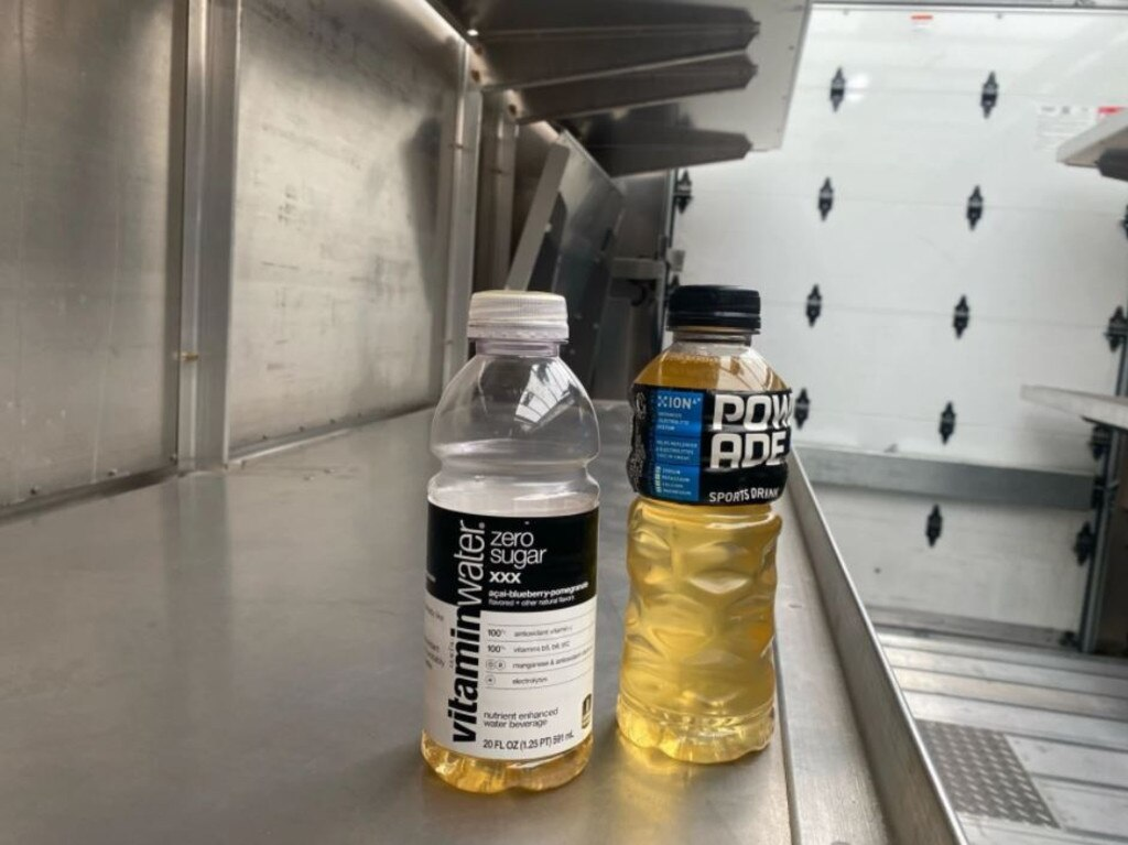 This image, obtained and verified by the outlet Motherboard, shows bottles used to urinate in by delivery drivers for Amazon.