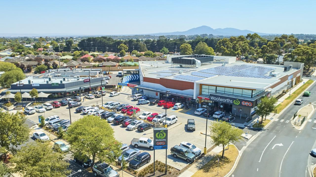 Lara's standalone Woolworths supermarket has been listed for sale.