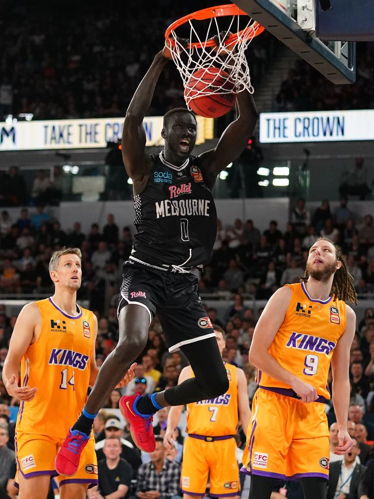 Jo Lual-Acuil of Melbourne United (AAP Image/Scott Barbour)