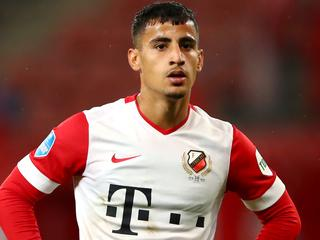 UTRECHT, NETHERLANDS - OCTOBER 02: Daniel Arzani of FC Utrecht in action during the Dutch Eredivisie match between FC Utrecht and SC Heerenveen at Stadion Galgenwaard on October 02, 2020 in Utrecht, Netherlands. (Photo by Dean Mouhtaropoulos/Getty Images)