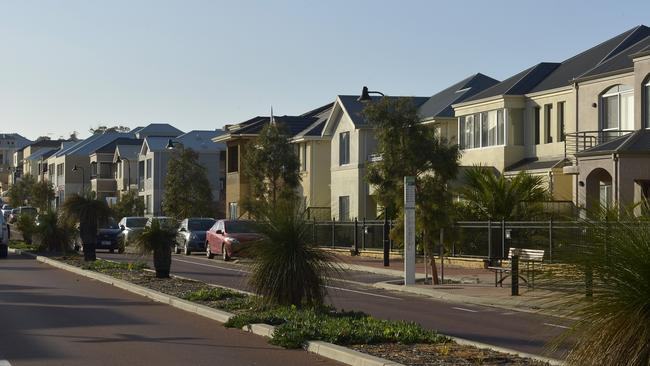 Real Estate . Clarkson Surburban Snap. Picture of new houses on Ocean Keys Blvd also showing on the Clarkson Station . Picture THEO FAKOS
