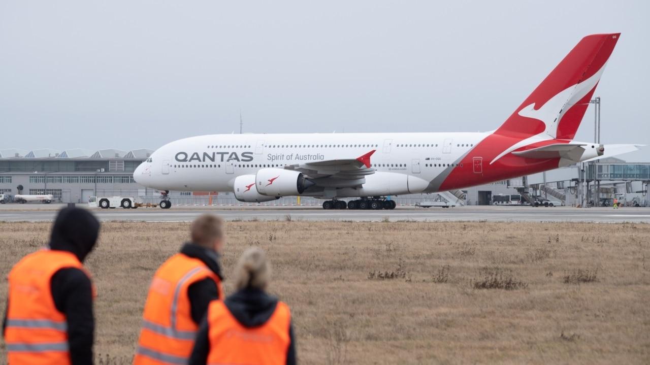 Qantas, Jetstar to suspend international flights and temporarily stand down workforce