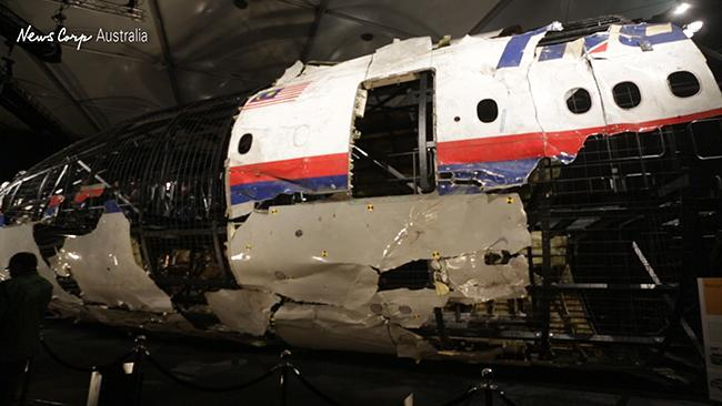 A look at the MH17 wreckage