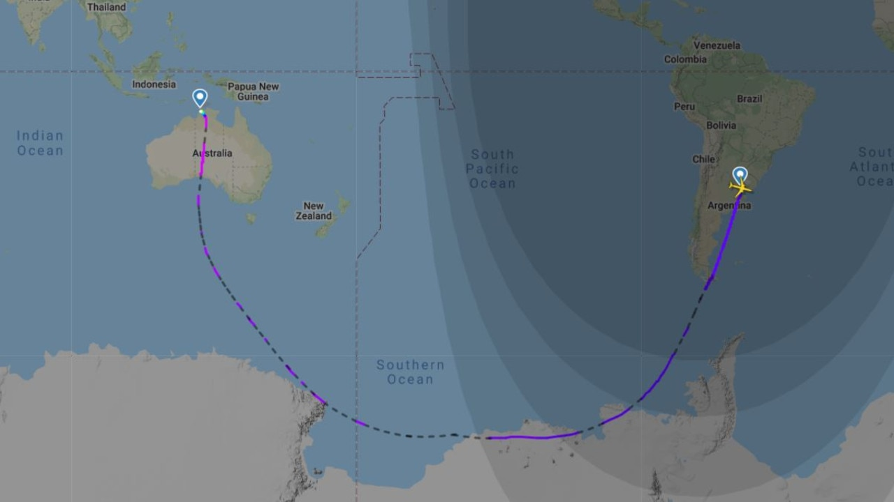 Qantas has made history with the longest continuous flight from Buenos Aires to Darwin.