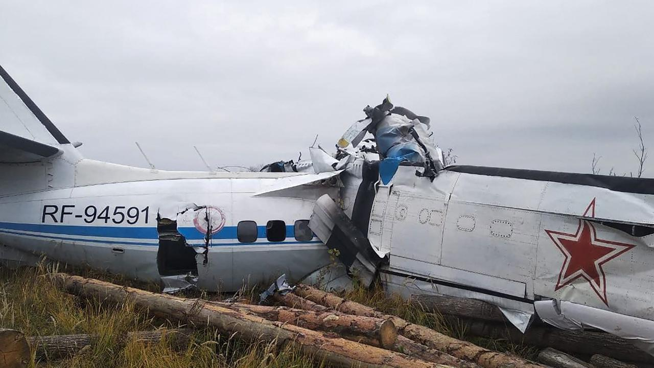 The aircraft was carrying parachutists when it crashed in central Russia. Picture: RUSSIAN EMERGENCY MINISTRY / AFP.