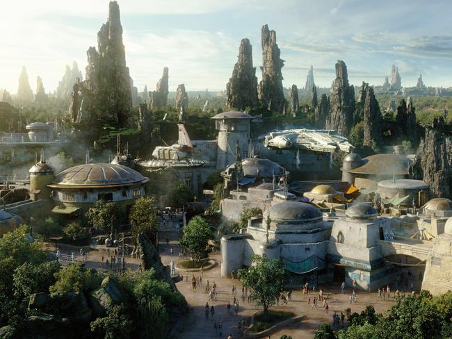 On May 31, Star Wars: Galaxy's Edge is set to open inside Disneyland Park in California. Fans of the saga will be transported to a galaxy far, far away to the planet of Bateau where they can explore a world full of unique sights, sounds, smells, tastes and other immersive experiences.
