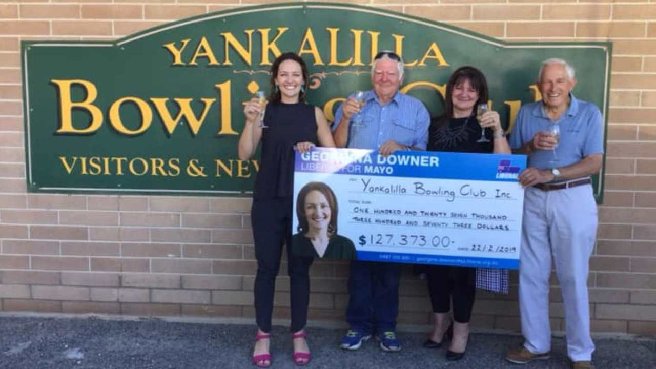 Minister defends Georgina Downer's photo stunt