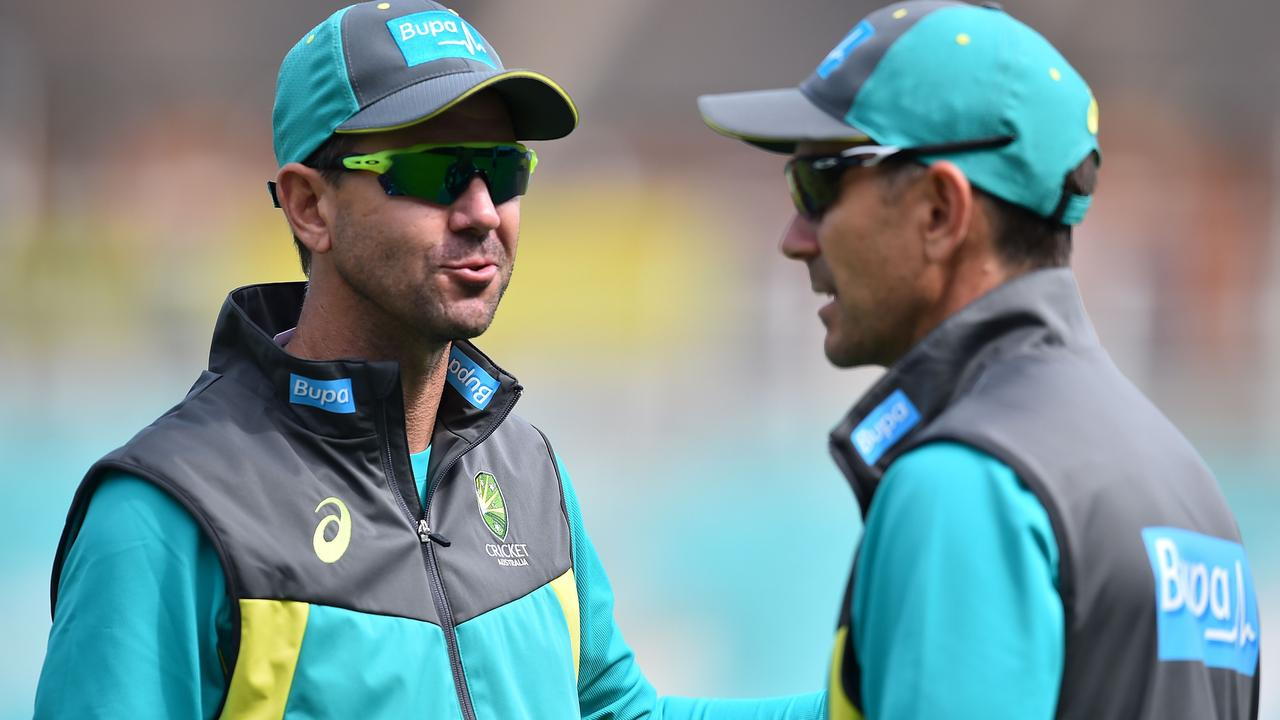 Ricky Ponting has linked up with the Australian cricket team for the World Cup.
