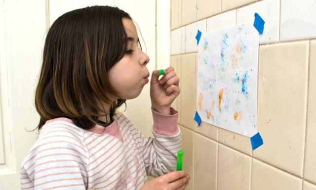 Craft for kids: How to make bubble art at home