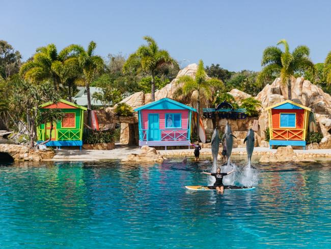 AUSSIE DEAL OF THE WEEK: GOLD COAST $1099 (PER FAMILY) Take the family to the Gold Coast and experience the best of the theme parks with a five-night package priced from $1099. Stay at Sea World Resort and receive unlimited theme park entry for four to Sea World, Warner Bros. Movie World, Wet'n'Wild and Paradise Country. Also get a A$50 voucher towards an Animal Adventure experience, two bottles of wine on arrival, a kids club session per child, dining discounts and more. Book before December 2, 2019 and travel in select periods until December 24, 2020. For details click HERE.