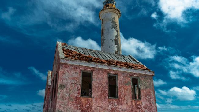 The iconic pink abandoned lighthouse now sits crumbling. Picture: fotoraph.