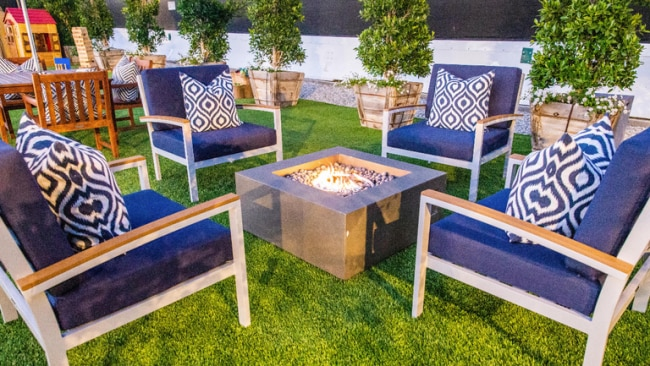 There is also an outdoor area, complete with fireplaces, where guests can enjoy the LA sunshine.
