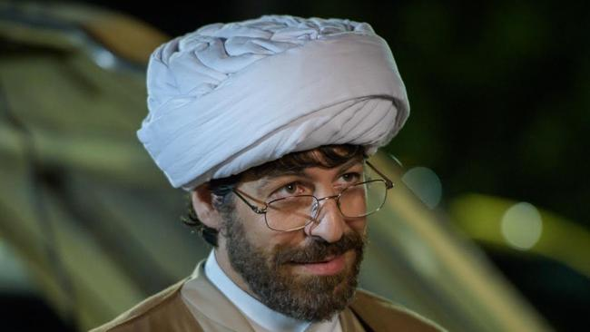 Don Hany's beard in Ali's Wedding : real or fake? Something about the look on his face says fake.