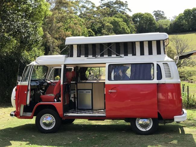 8/18Tamborine Mountain, QLD 'Berti' is a showstopping, beautifully restored 1970s Kombi Van. As well as being super photogenic, this Kombi features all of the creature comforts you need including a full kitchen, TV / DVD player and solar panels. Camplify