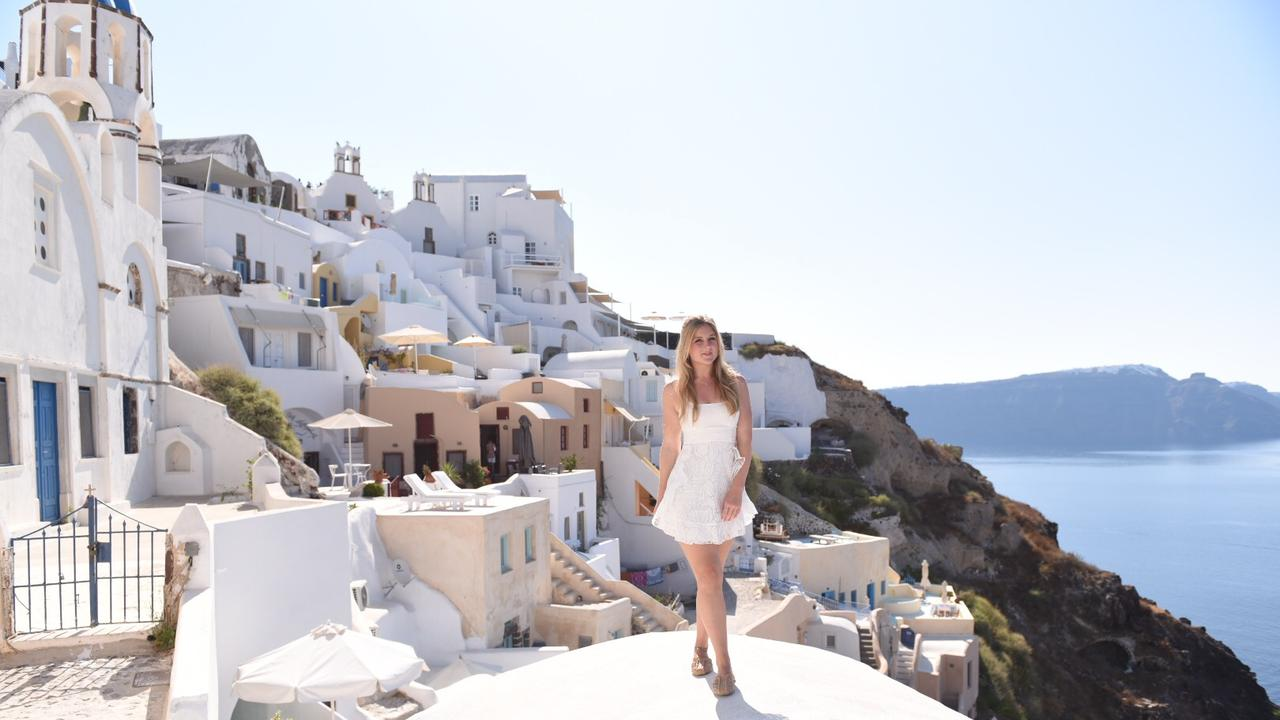 If you ever find yourself single in Santorini, do this.