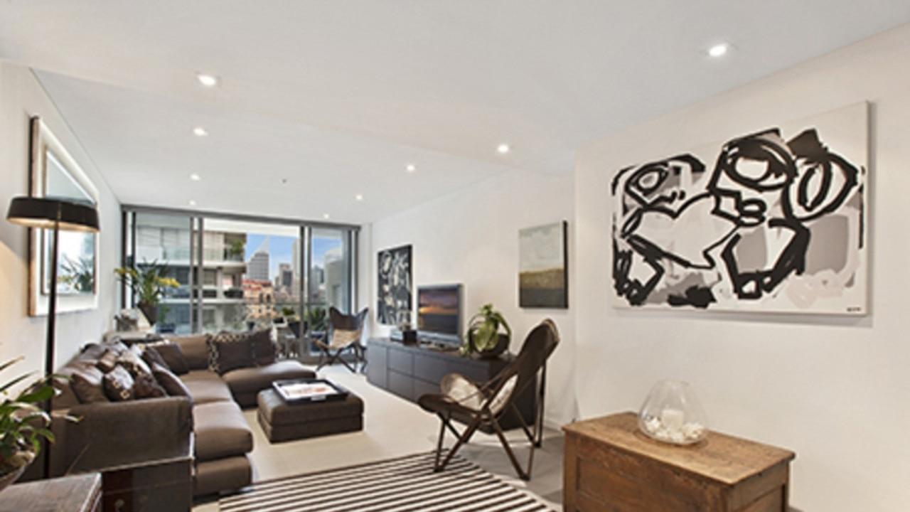 The lounge area.
