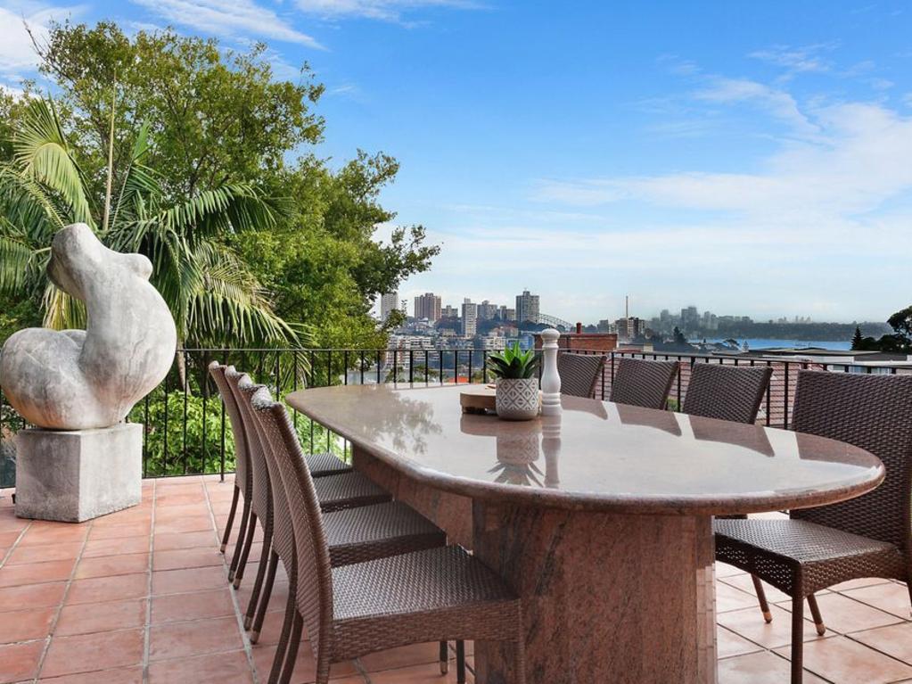 50 Fairfax Rd, Bellevue Hill, sold in the $4.5 million to $5 million range.