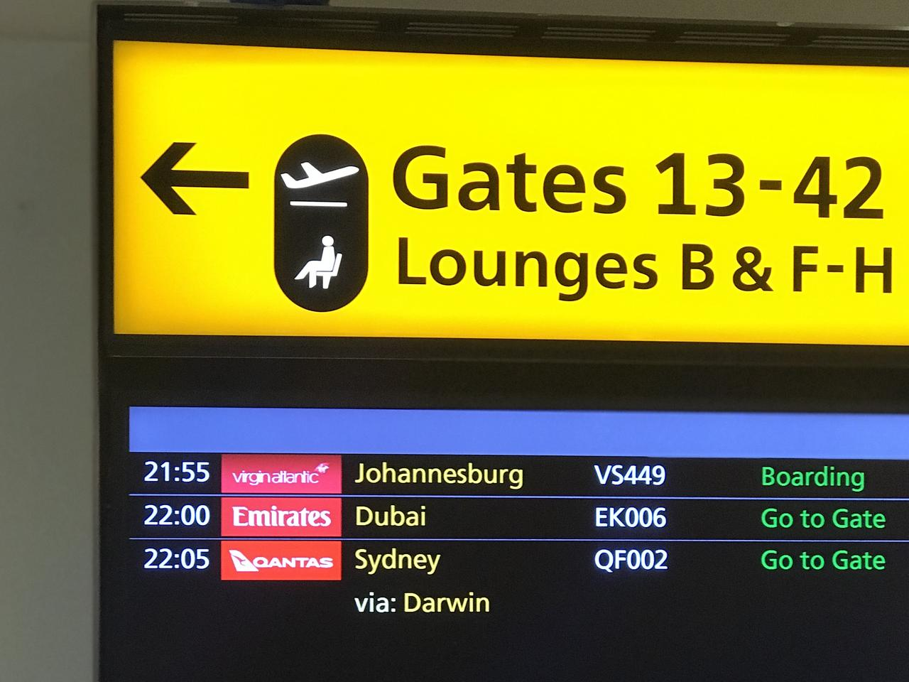 Hannah's flight went via Darwin.