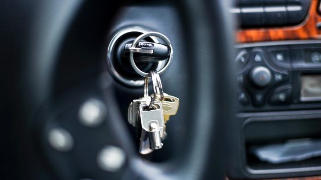 4. Leaving your key in your ignition You've most likely seen someone quickly ducking out of their car to get a coffee or pick up their takeaway dinner and leaving the car running with the key in the ignition. While it's convenient, it's not the smartest thing to leave your key in the ignition unattended - in NSW it's a traffic offence which will cost an individual $114. Around 1,000 people a year receive this fine in NSW.