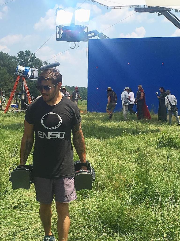 Luke on the set of Thor. Picture: @zocobodypro
