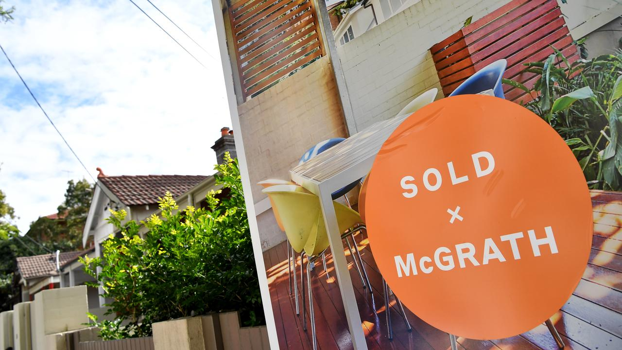 Homeowners will see their monthly mortgage payments rise if interest rates rise. Picture: NCA NewsWire/Joel Carrett.