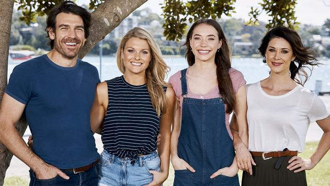 Celebrity Gossip and Celeb News | The Courier Mail