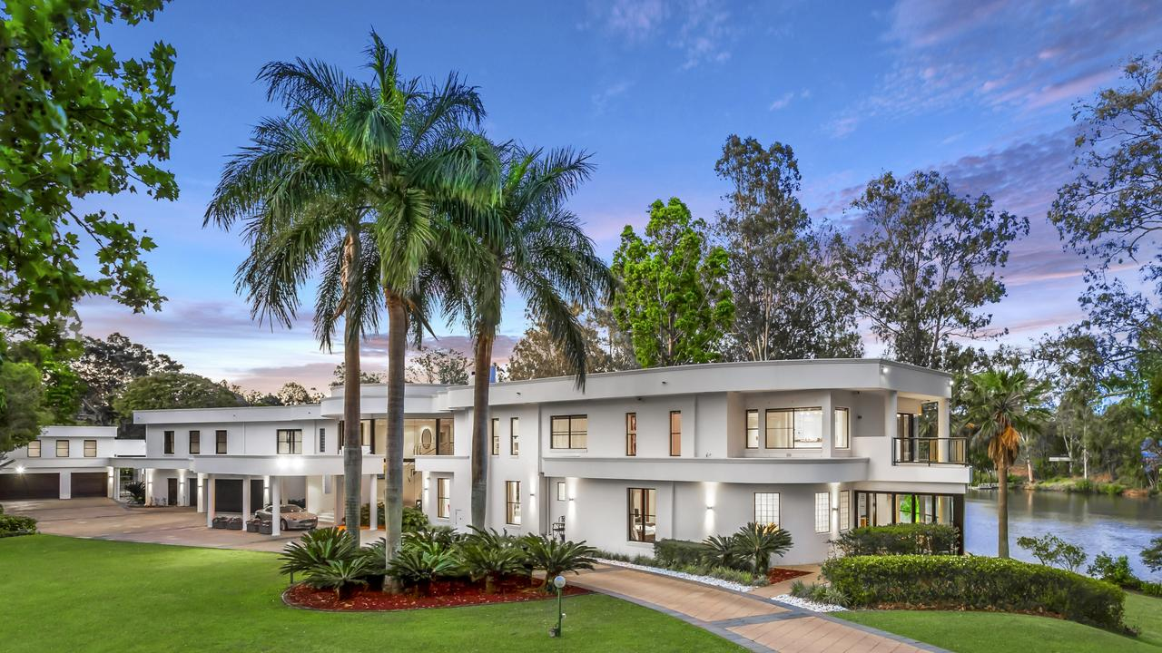 The property at 36 Needham St, Fig Tree Pocket, which Clive Palmer bought for $7.5m.