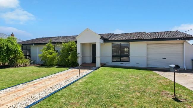 1A WILLOW COURT Fulham Gardens. Supplied to The Advertiser Real Estate by Living Real Estate Brooklyn Park.