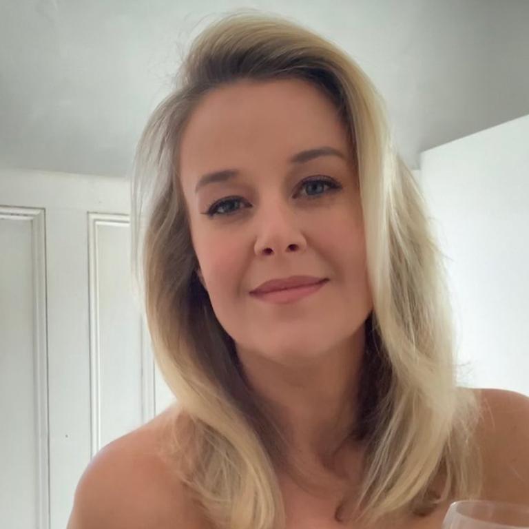 Jana Hocking admits to looking up her ex boyfriends.