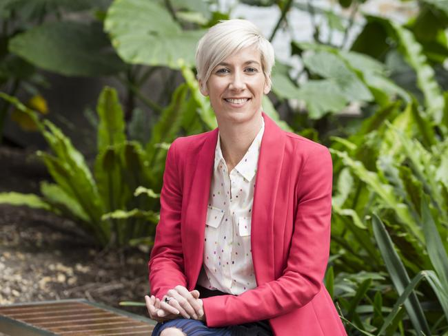 Financial comparison website Mozo spokeswoman Kirsty Lamont said borrowers should be paying an interest rate of less than 3.8 per cent.