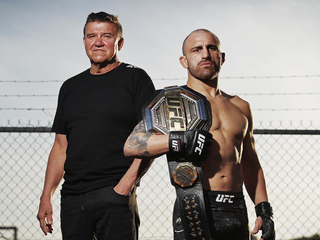 Joe Lopez and UFC featherweight champion Alexander Volkanovski. Picture: Sam Ruttyn