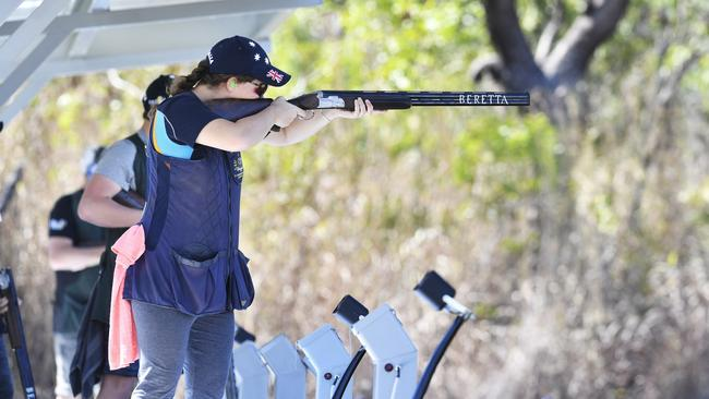 Shooter Catherine Skinner prepares to shoot a target during training for the Rio 2016 Olympics.